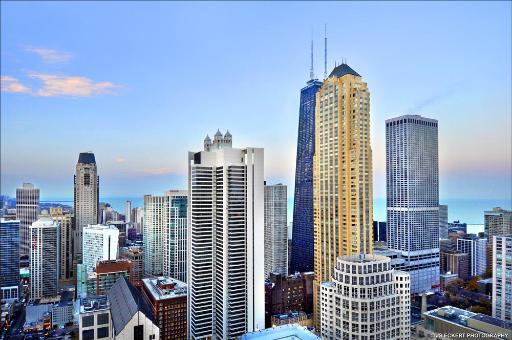 25 E Superior Unit 4701-02, Chicago, IL 60611