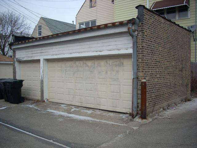 2213 W Medill, Chicago, IL 60647