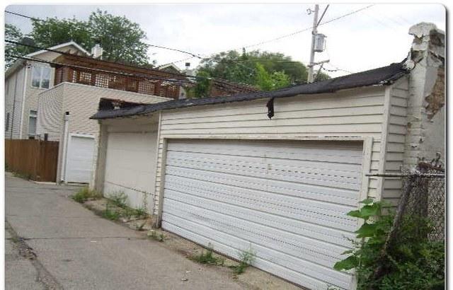 1615 W Foster, Chicago, IL 60640