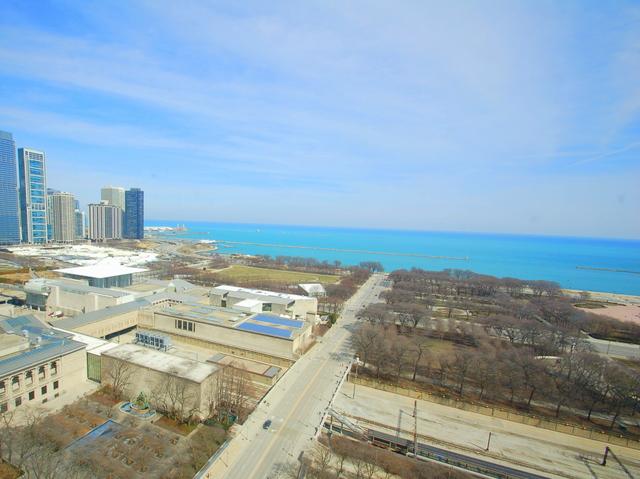 310 S Michigan Unit 2103, Chicago, IL 60604